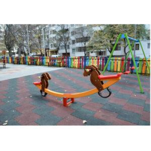 Balansoar Parc, Locuri de joacă pentru exterior