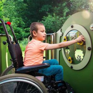 Echipamente de joaca pentru copii cu nevoi speciale